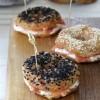 Bagels con mousse al salmone