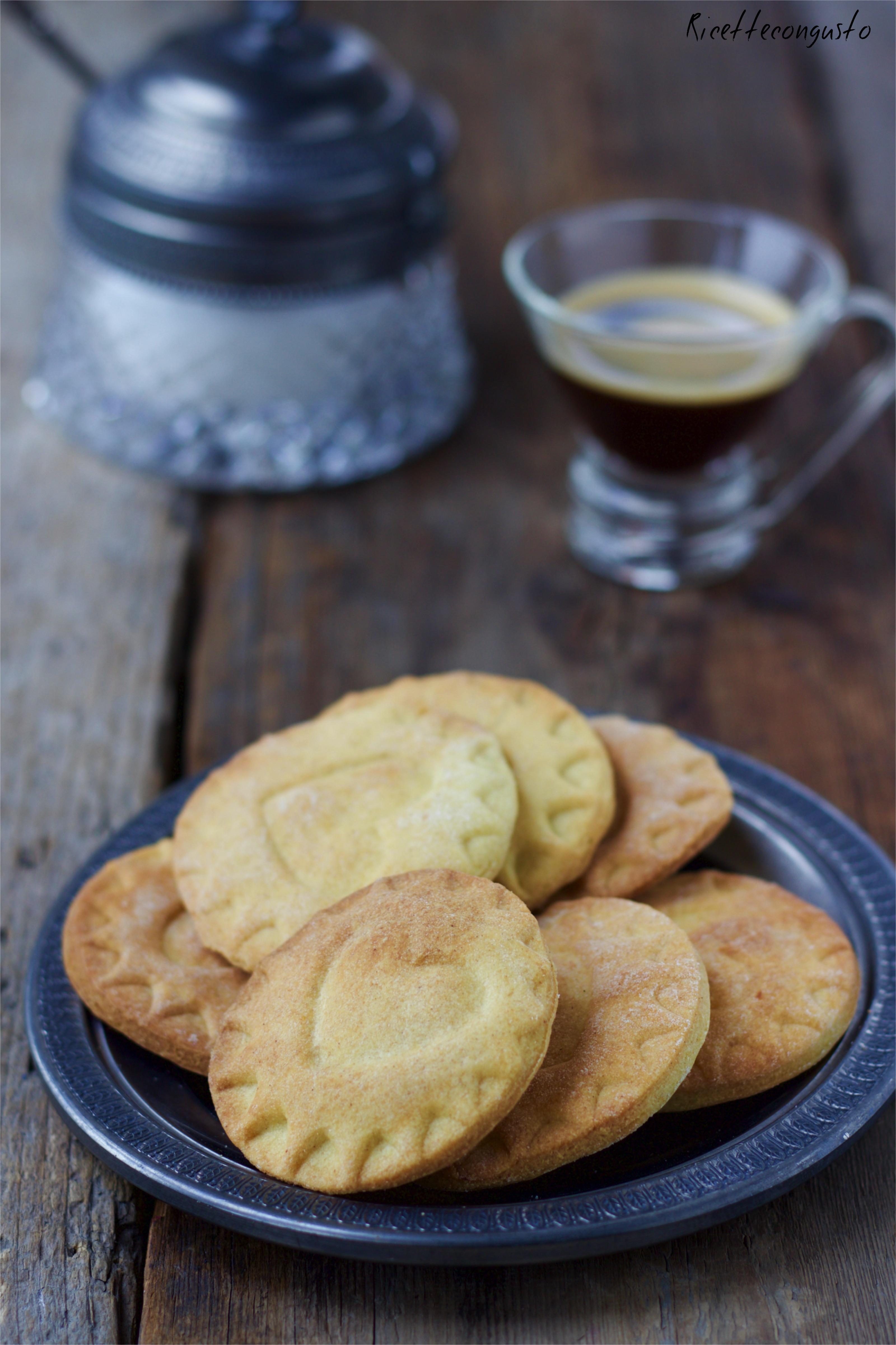 Biscotti di frolla al farro senza burro