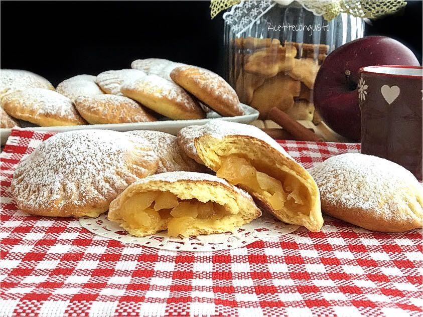 Biscotti di farro con cuore di mela e cannella