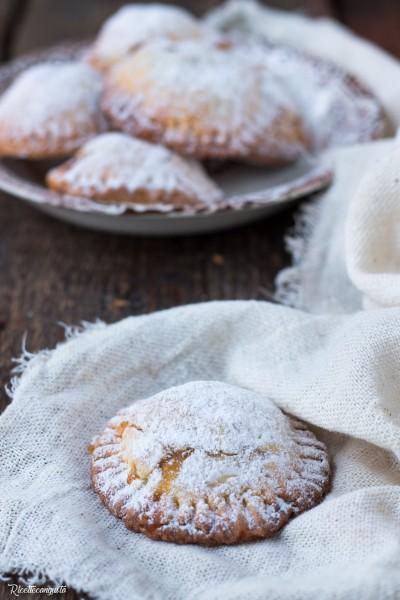Biscotti cuor di mela, marmellata e cannella