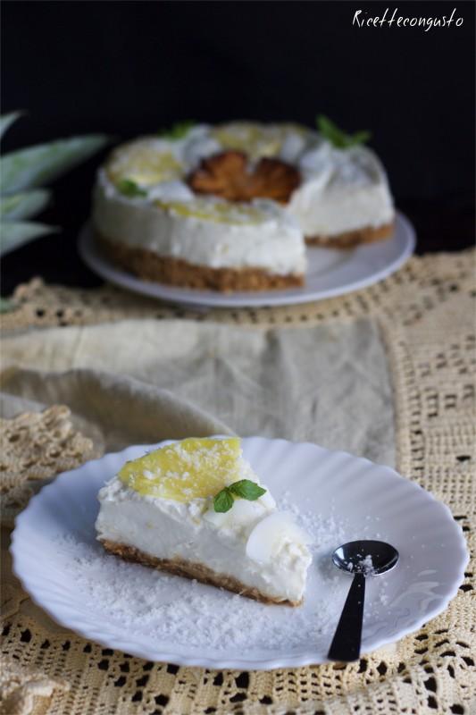 Cheesecake con ananas e cocco senza cottura