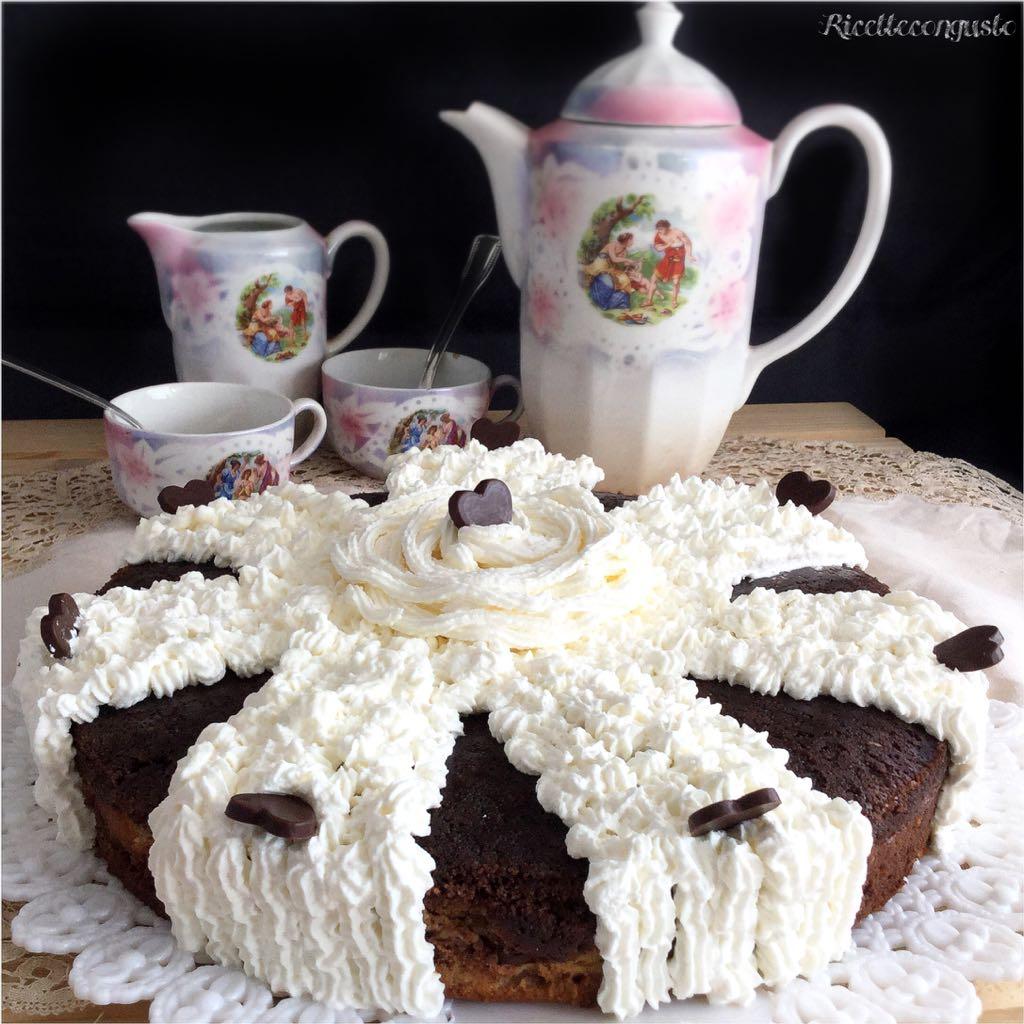 Cheesecake al forno con cioccolato fondente capovolta