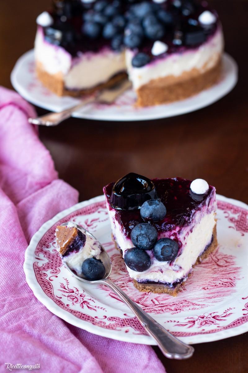 Cheesecake fredda ai mirtilli