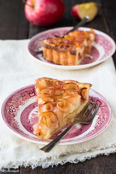 Crostata con marmellata, crema pasticcera e mele