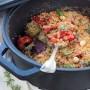 Crumble croccante di verdure con nocciole e mandorle