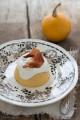 Flan di zucca con crema al parmigiano e speck croccante