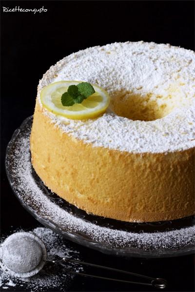 Chiffon cake o fluffosa al limone senza olio