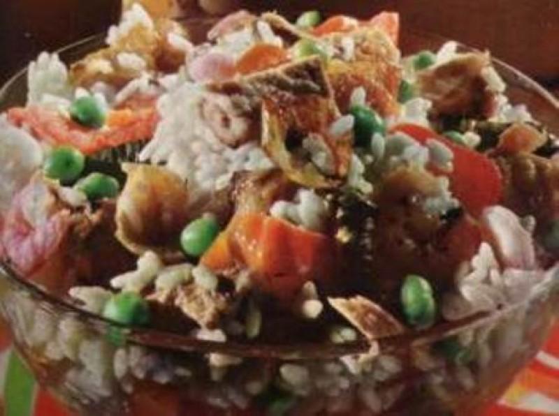 Insalata di riso con pollo