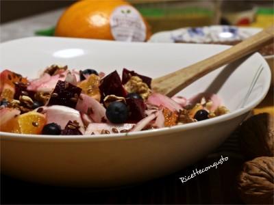 Insalata sfiziosa con finocchi barbabietola rossa e arance