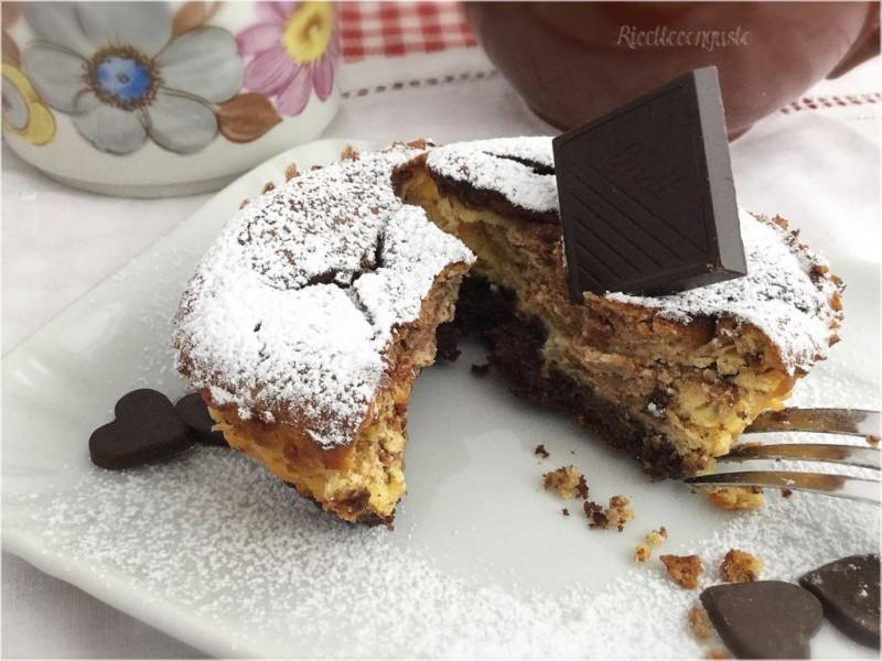 Mini cheesecake al forno con cioccolato fondente
