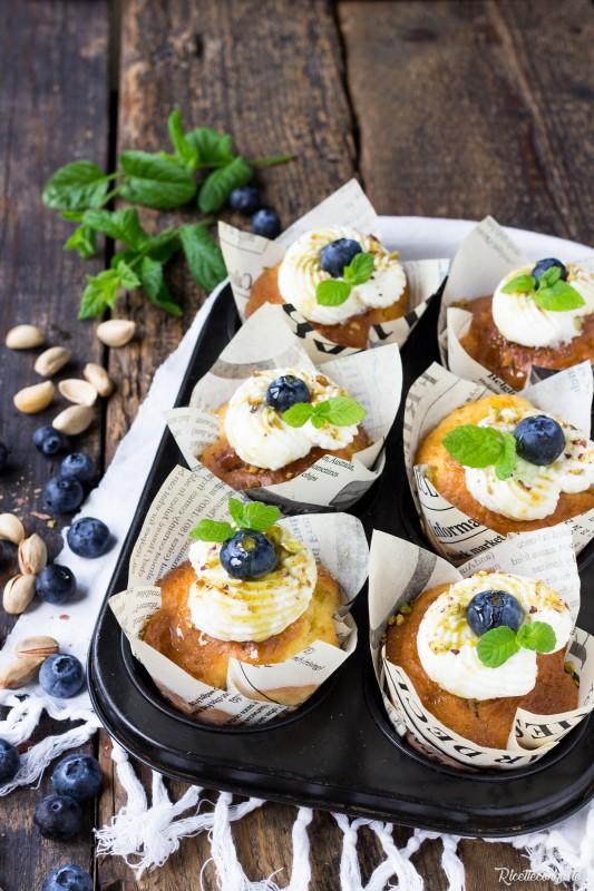 Muffin senza glutine ai mirtilli e pistacchi