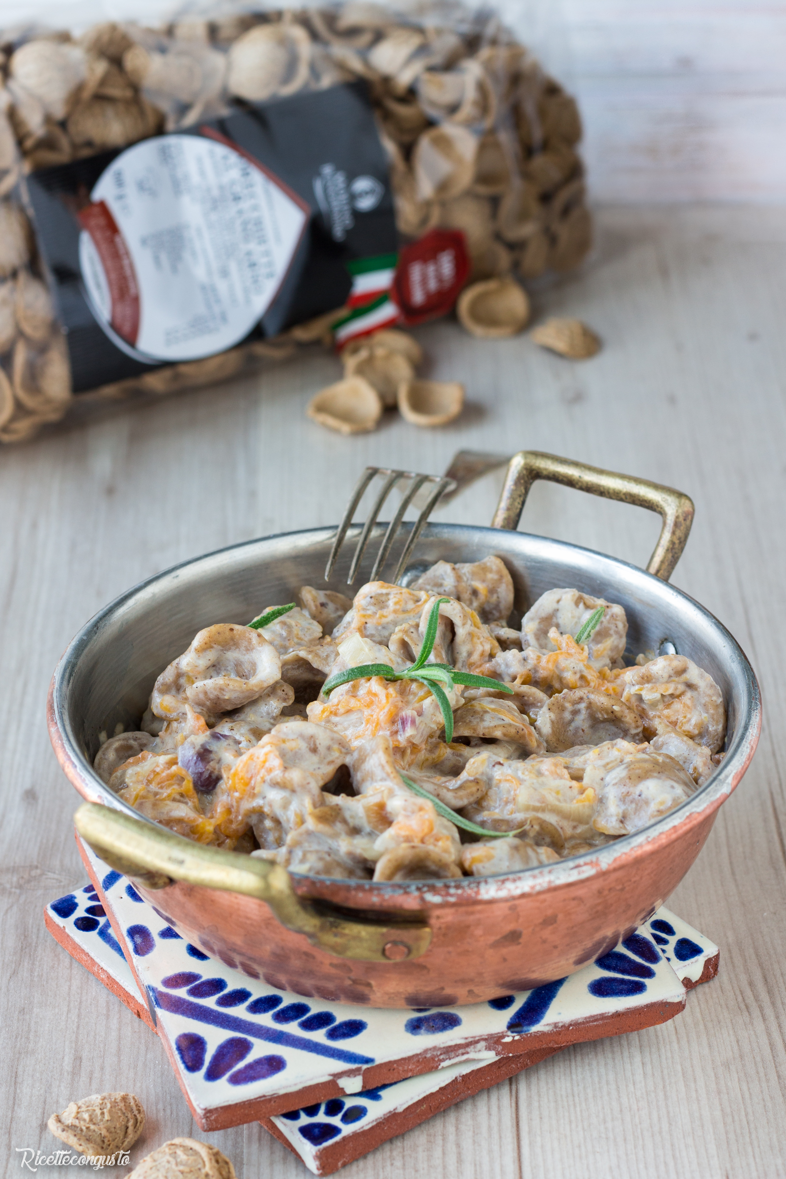 Orecchiette di grano arso con zucca e salsiccia