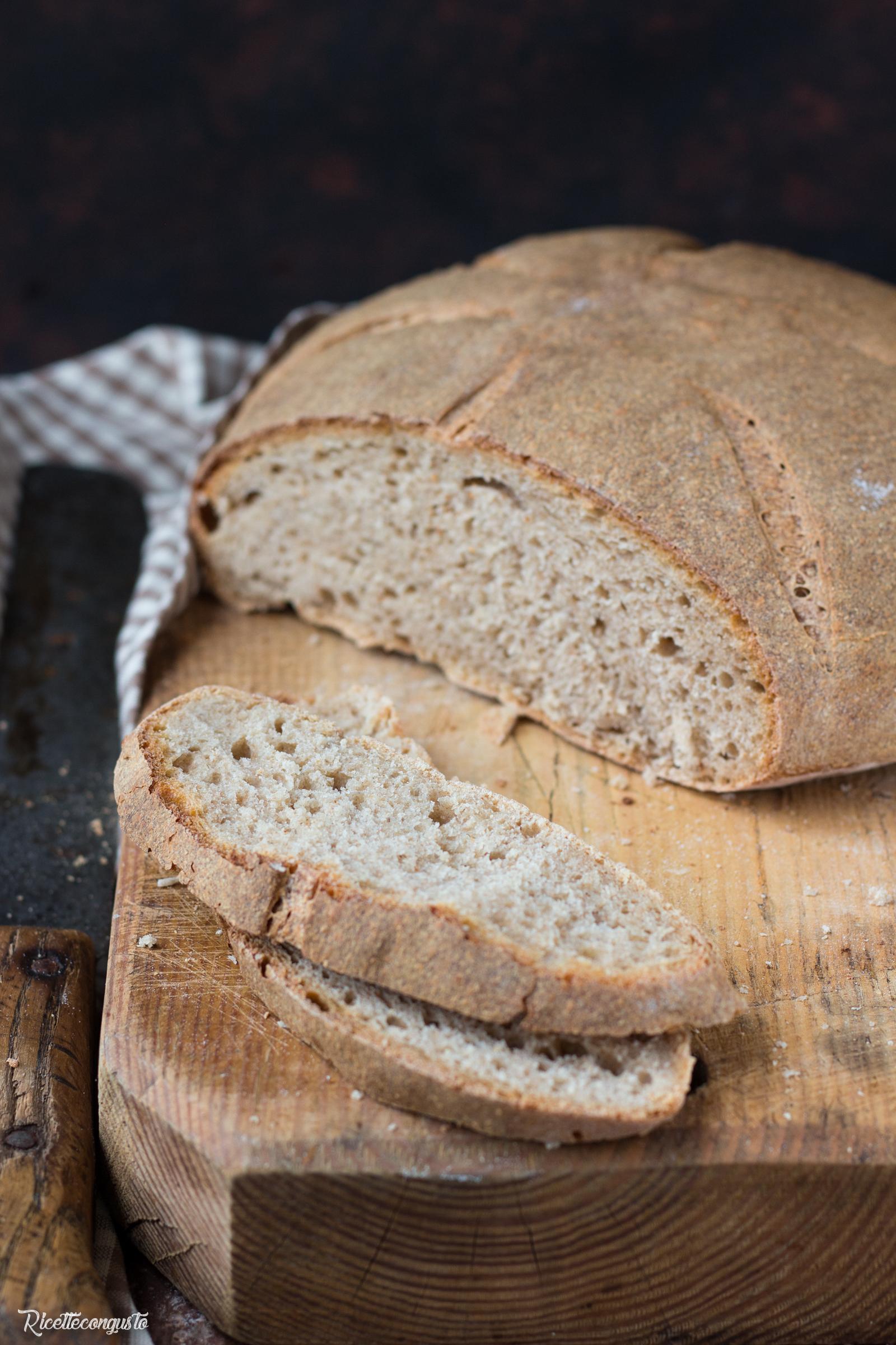 Pane con farina d'orzo