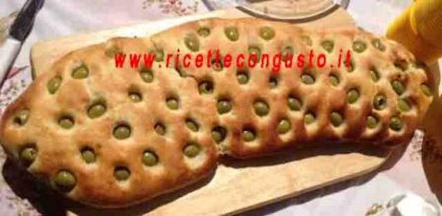 Pane pizza alle olive