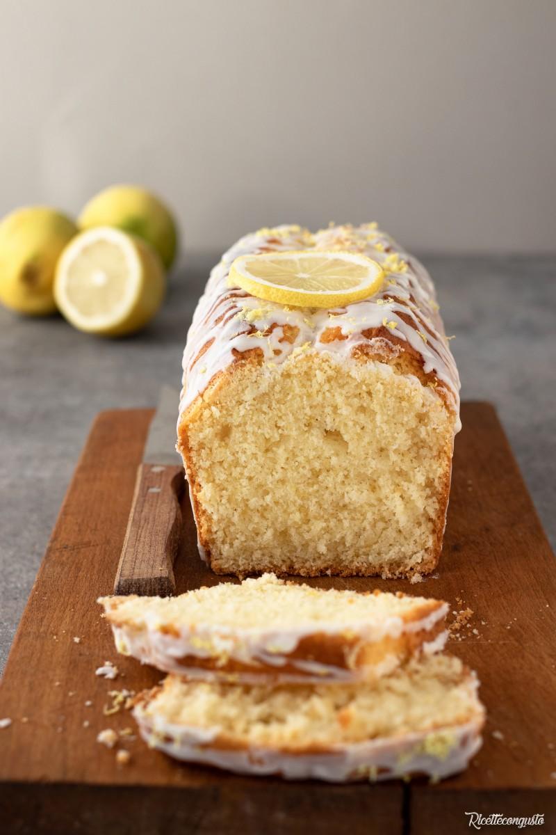 Plumcake al limone glassato