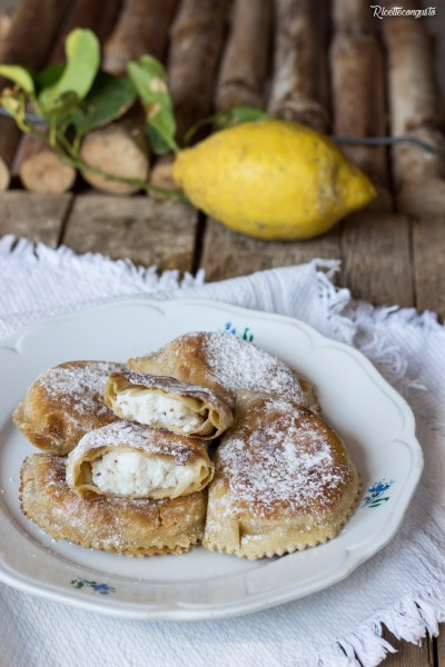 Cappiddruzzi marsalesi o ravioli dolci di ricotta