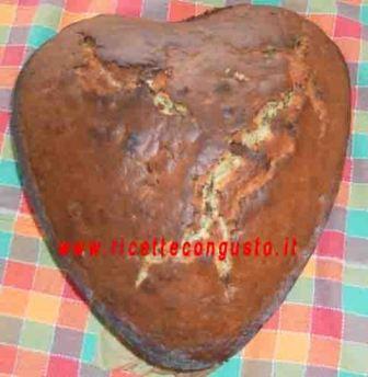 Torta al cioccolato fondente a scaglie