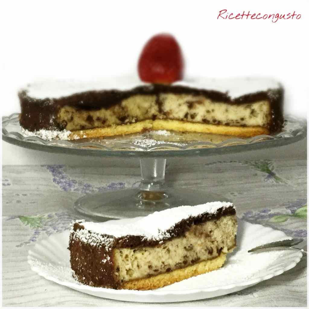 Torta versata bicolore con ricotta e cannella