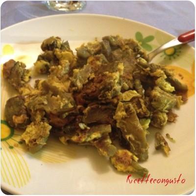 Carciofi, patate e uova