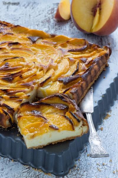 Cheesecake al forno alle pesche