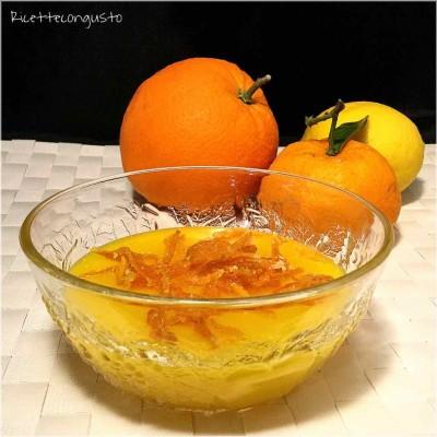Crema agli agrumi senza latte e senza uova