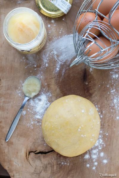 Pasta frolla rustica al miele