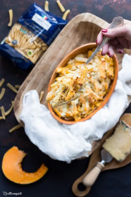 Pasta al forno con zucca e castelmagno